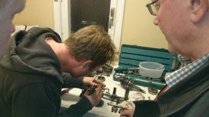 Inserting the forks in the bottom of gearbox